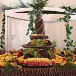 Dekoracje owocami mogą być wspaniałym ozdobnikiem wesela